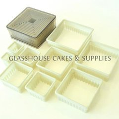 Plastic Scalloped Square Cutter Set