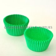 50 Mini Patty Cups Green