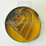 7 Hearts Tin Cutter Set Shapez